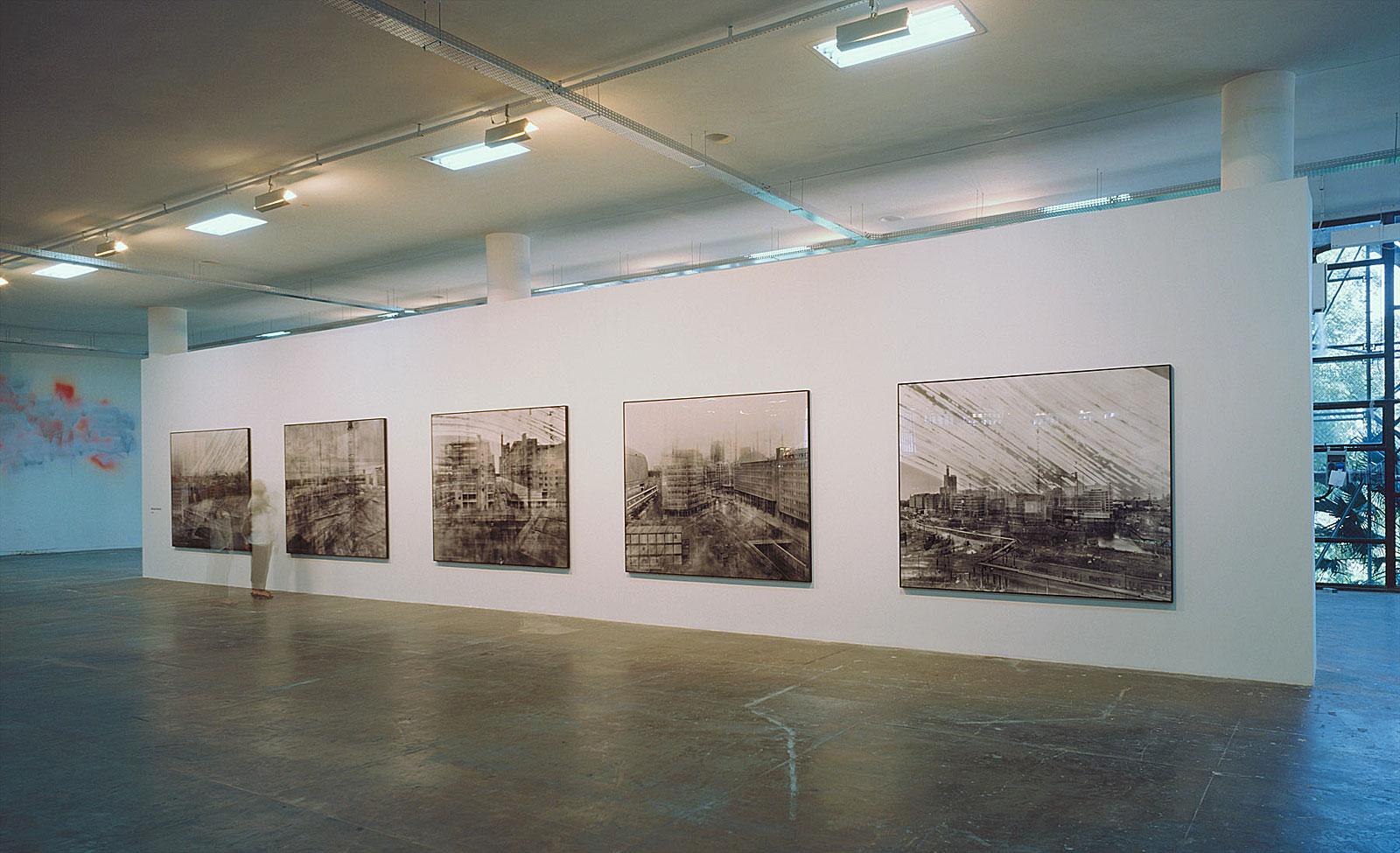 Potsdamer Platz, Berlin, 25. Biennale von São Paulo (14.11 - 14.17 Uhr, 30.4.2002)