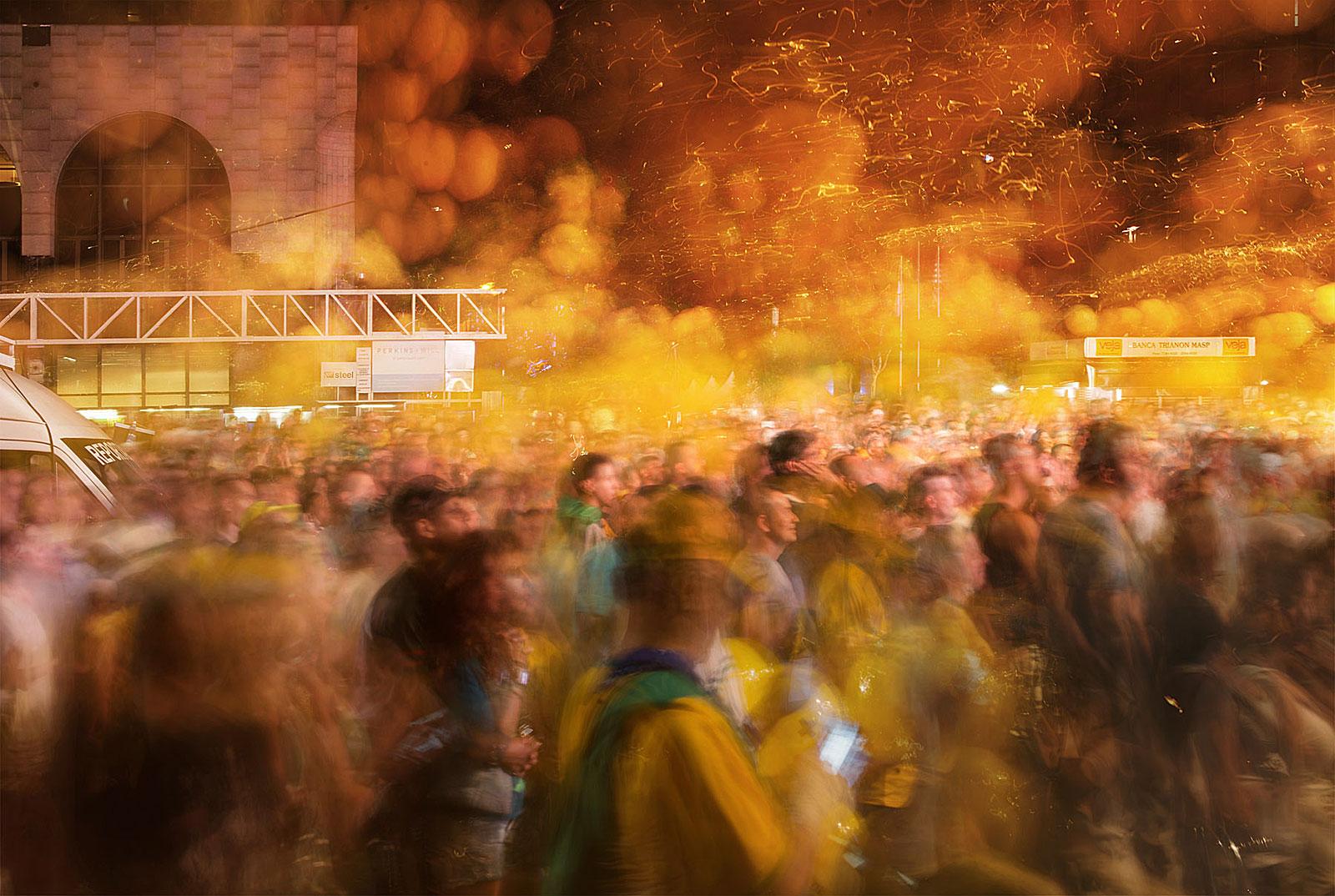Manifestação, Avenida Paulista (19.37 - 19.57 Uhr, 17.4.2016)