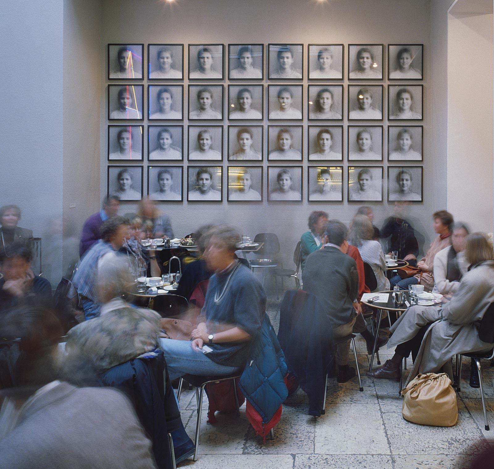 """""""Schule"""" Städtische Galerie im Lenbachhaus München (12.05 - 12.08 Uhr, 12.4.1995)"""