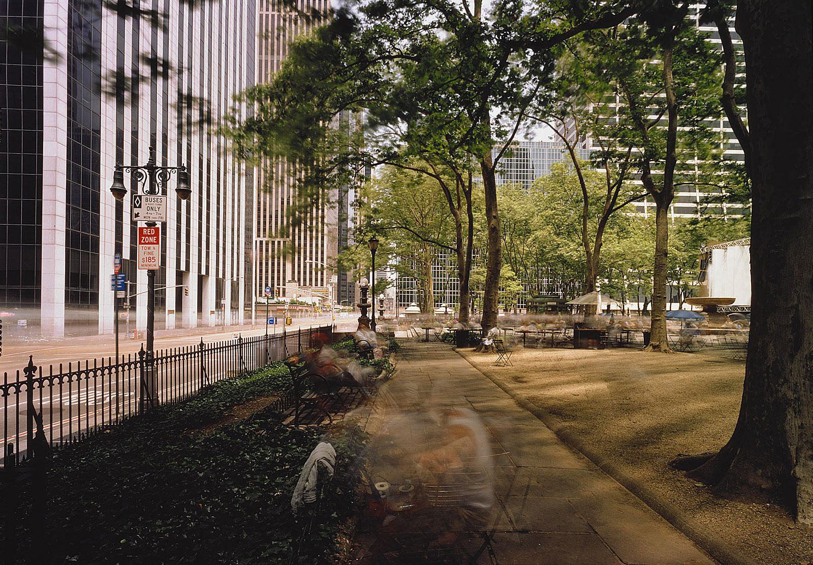 Bryant Park, New York (12.25 - 13.55 Uhr, 24.6.1998)