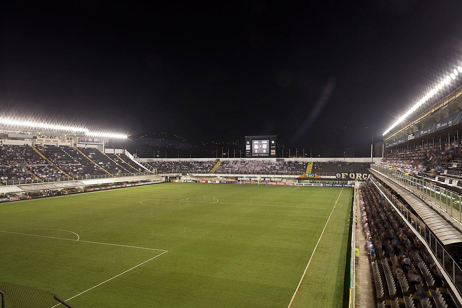 Santos FC - AA Ponte Preta, Estádio Urbano Caldeira, Santos (18.30 - 20.23 Uhr, 29.7.2012)