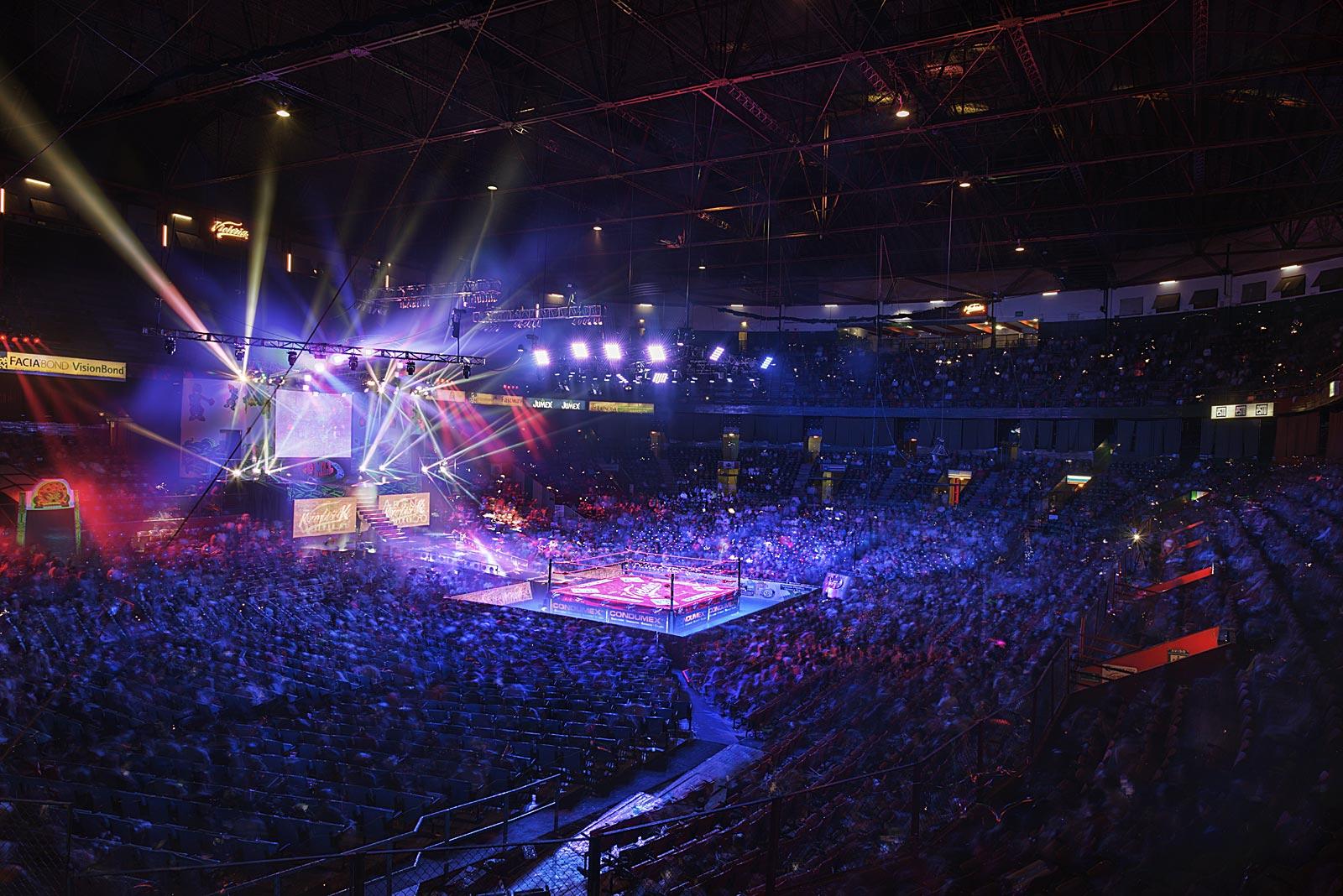 Lucha Libre, Arena México (21.29 - 23.10 Uhr, 31.10.2015)