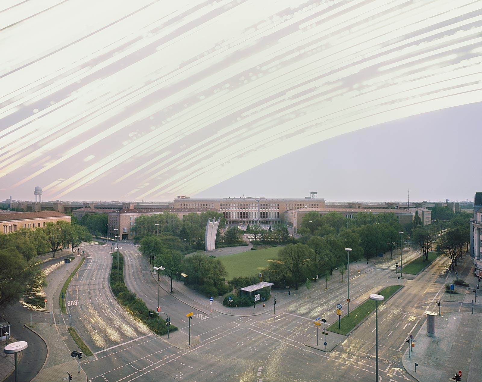 Flughafen Tempelhof, Berlin (1.7.2008 - 1.7.2009)